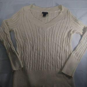 Lane Bryant sweater. V neck 14-16
